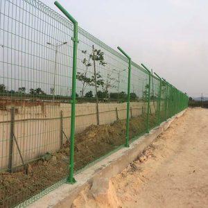 Hàng rào lưới thép chắn sóng